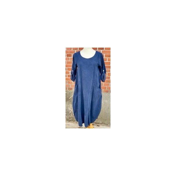 Kjole i fløjl - Janne K - 100% bomuld - blå