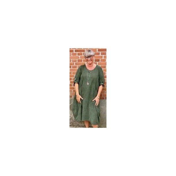 Kjole i fløjl - Janne K - 100% bomuld - grøn